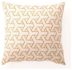 Boomerang pillow - yellow