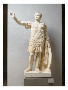 Titus, in a militaristic pose that was, by this time, already considered a classic style for the Roman emperors.