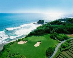 Keen golfers can enjoy the award-winning course of Nirwana Bali Golf Club during their stay on the island. Book your dream Balinese break online now at www.dreamdestination-holidays.com for great prices in Bali & worldwide! Holidays, travel, vacation, honeymoon, nature, adventure, Indonesia, Asia, sport, golf.