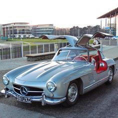 Absolute perfection! #Mercedes #Vintage #Beauty #Romance