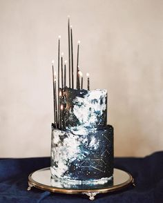 Constellation-inspired cake