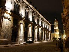 Palacio del Segundo Cabo. Ubicado en La Habana Vieja; a un costado del Palacio de los Capitanes Generales y con su frente a un flanco de la Plaza de Armas, una de las históricas edificaciones de la antigua villa Habanera.