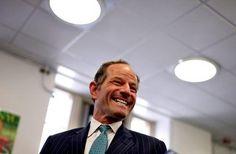 New York police investigate woman's claim of assault by Eliot Spitzer: source #Cronaca #iNewsPhoto