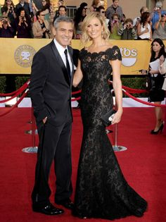 love the illusion of off the shoulder lace - Stacy Keibler SAG Awards 2012