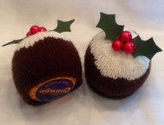 2 x TERRYS CHOCOLATE ORANGE CHRISTMAS PUDDING COVERS hand knitted