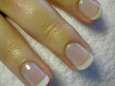 How to French Tip Nails American manicure – THIS is how I want my nails to look. Glue On Nails, Fun Nails, Sexy Nails, Nail Shapes Squoval, Nails Shape, American Manicure, French Nail Designs, French Tip Nails, French Manicures