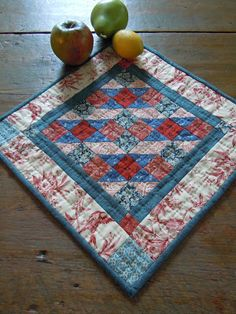 Kathy Tracey's small quilt of the month