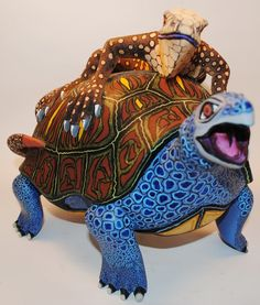 Solmar Imports - Mata Ortiz, Juan Quezada, Casas Grandes Pottery and Oaxacan Wood Carvings - Alebrijes, Oaxacan Animals.