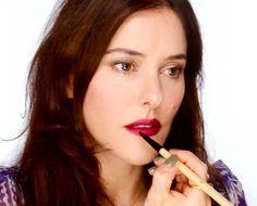 Clinique Plummy Quickliner, YSL rouge pur couture 08 belle de rose, Benefit Smokin Eyes palette
