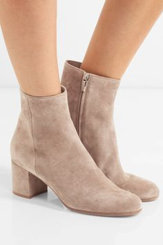Gianvito Rossi - Suede Ankle Boots - Beige - IT38.5