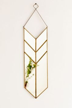 Magical Thinking Hanging Pennant Mirror from Urban Outfitters. Saved to Wall Space. Safari Chic, Mirrors Urban Outfitters, Deco Paris, Spiegel Design, Unique Mirrors, Vintage Mirrors, Magical Thinking, Wall Decor, Room Decor