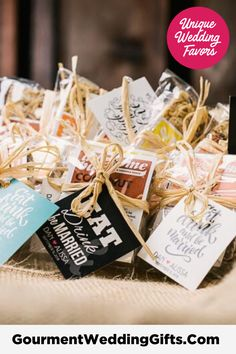 Cheap Wedding Gifts, Inexpensive Wedding Favors, Wedding Favors For Guests, Unique Wedding Favors, Handmade Wedding, Personalized Wedding, Unique Weddings, Wedding Ideas, Edible Party Favors