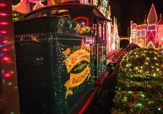 Disney Parks After Dark: Holidays at the Disneyland Resort Steam Away « Disney Parks Blog
