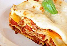 Villámgyors lasagne Hungarian Recipes, Italian Recipes, Hungarian Food, Meat Recipes, Pasta Recipes, Gnocchi, Kids Meals, Nom Nom, Bacon