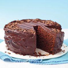 Egy finom Mennyei tejszínes csokoládétorta ebédre vagy vacsorára? Mennyei tejszínes csokoládétorta Receptek a Mindmegette.hu Recept gyűjteményében!