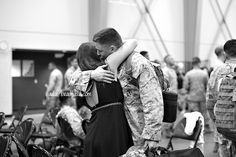Homecoming Photograph by: Paula Bradfield - Photographer. paula-bradfield.com     #military #homecoming #couples #photography
