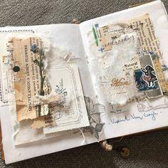 "Bárbara Salas on Instagram: ""-Commonplace Notebook-TN passport size  @yourcreativestudio July Box . .  #journal #quotes #midoritravelersnotebook #travelersfactory…"" Junk Journal, Bullet Journal, Journal Inspiration, Journal Ideas, Travelers Notebook, Card Making, Stationery, Paper Crafts, Scrapbook"