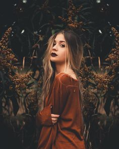 Flowers girl photography smile 67 ideas for 2019 Model Poses Photography, Autumn Photography, Tumblr Photography, Photography Women, Creative Photography, Umbrella Photography, Pinterest Photography, Photography Competitions, Photography Challenge