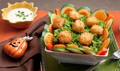 Happy Halloween! Before the kiddos head out to trick-or-treat, serve up this light Pumpkin Patch Salad!