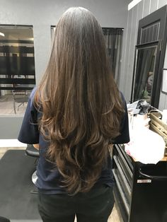 22 Easy Hairstyles for Long Hair (Fast Looks for - Style My Hairs Haircuts For Long Hair With Layers, Haircuts Straight Hair, Long Face Hairstyles, Haircut In Layers, Straight Hair With Layers, Haircut Long Hair, Long Layered Haircuts Straight, Cute Long Haircuts, Long Layered Hair Wavy