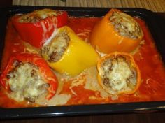 Stuffed peppers with tomato sauce - Rezepte - Tortellini Healthy Eating Tips, Eating Habits, Sweet Potato Crisps, Benefits Of Potatoes, Garlic Parmesan Potatoes, Parsnip Soup, Tomato Sauce Recipe, Vegetable Drinks, Fries In The Oven