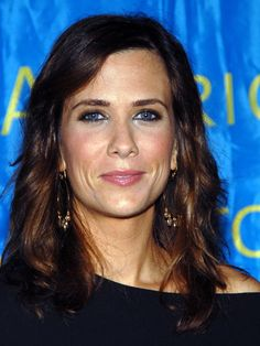 Kristen Wiig is one if the funniest people I know.  I die laughing at her skits on SNL - wish there were more skits with her in them!