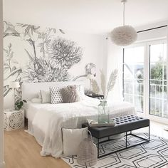 Check this 8 cheap things to maximize your small bedroom ( READ MORE ) Cozy Bedroom, Master Bedroom, Bedroom Decor, Bedroom Wall Colors, Home Staging, Decor Interior Design, Furniture, Home Decor, Cheap Things
