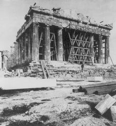 The Parthenon of Athens - Old Photos of Greece Ancient Greek Architecture, Historical Architecture, Classical Greece, Greek History, Still Picture, Athens Greece, Acropolis Greece, Minoan, Parthenon