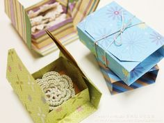 Origami box with directions. This is a great origami blog.