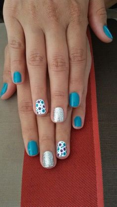 Try some of these designs and give your nails a quick makeover, gallery of unique nail art designs for any season. The best images and creative ideas for your nails. Diy Nails, Cute Nails, Pretty Nails, Shellac Nail Art, Nail Polish, Short Nail Designs, Nail Art Designs, Cute Simple Nail Designs, Fingernail Designs