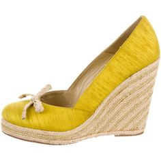 Pre-owned Kate Spade New York Wish Espadrille Wedges ($75) ❤ liked on Polyvore featuring shoes, sandals, green, kate spade sandals, green shoes, espadrille wedge shoes, green wedge sandals and metallic wedge shoes