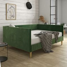 50 Unusual Mid Century Modern Home Decoration Ideas You Must Have Plywood Furniture, Furniture Decor, Bedroom Furniture, Furniture Design, Daybed Room, Daybed In Living Room, Living Rooms, Ikea Daybed, Daybed Couch