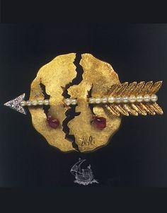 The Bleeding World, Salvador Dali, 1953, 18 karat yellow gold, 18 karat white gold, diamonds, natural rubies.