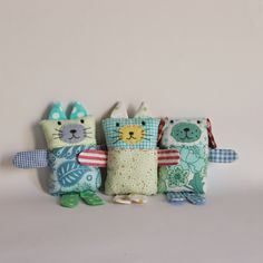 Finally I finished off these softies I must have started them a year ago. Hopeless! For one doggy I used a lot of scraps I have and sew...