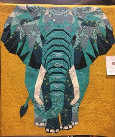 Elephant Quilts Pattern, Quilt Patterns, Animal Quilts, Landscape Quilts, Thread Painting, Foundation Paper Piecing, Quilting Ideas, Machine Quilting, Textile Art
