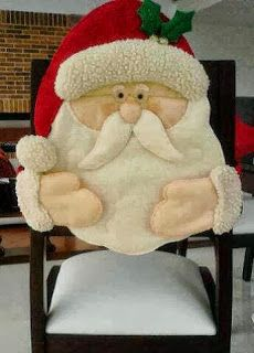 ref vestidos para mis sillas Christmas Sewing, Felt Christmas, Christmas Projects, Christmas Time, Xmas, Christmas Ornaments, Christmas Wall Hangings, Christmas Decorations, Holiday Decor