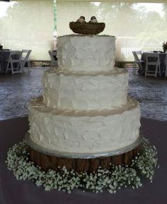 Calumet Bakery Scalloped wedding cake