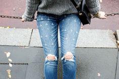 11 ideas para customizar tus viejos vaqueros (y devolverlos a la vida) Boyfriend Jeans, Denim Fashion, Pants, Denim Style, Embroidery, Cowboys, Winter, Life, Style