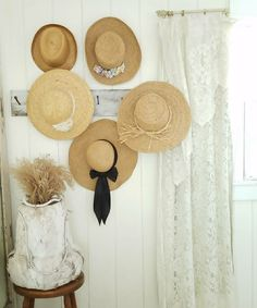 Straw Hats, Living Styles, Spare Room, Provence, Decorating, Home, Decor, Decoration, Life Styles