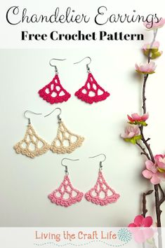 Living the Craft Life: Chandelier Earrings FREE pattern Crochet Thread Patterns, Crochet Thread Size 10, Wire Crochet, Crochet Gifts, Doily Patterns, Dress Patterns, Crochet Jewelry Patterns, Crochet Earrings Pattern, Crochet Accessories