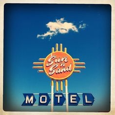 Sun 'N Sand Motel - Route 66 (Hipstamatic)