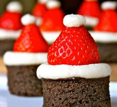 Santa Hat Brownie Bites | Do More for Less