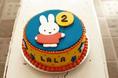 Have your cake! sweet little bunny! Bunny Birthday Cake, First Birthday Cakes, Miffy Cake, Indian Dessert Recipes, Book Cakes, Cake & Co, Cakes For Boys, Celebration Cakes, Let Them Eat Cake