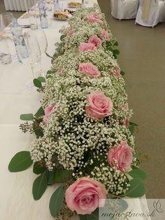 With purple roses Wedding Flower Arrangements, Flower Centerpieces, Flower Decorations, Wedding Centerpieces, Wedding Table, Floral Arrangements, Wedding Bouquets, Wedding Decorations, Rose Wedding