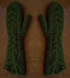 Bella's Mittens 1 by aprildraven, via Flickr