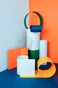 art direction | color blocked cut paper still life photographty - Abduzeedo Design