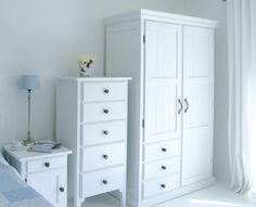 Manhattan Double Wardrobe With Drawers: New England Style White Bedroom Furniture