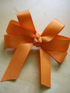 I Like Big Bows: How to make a hair bow by Savvy n Sassy