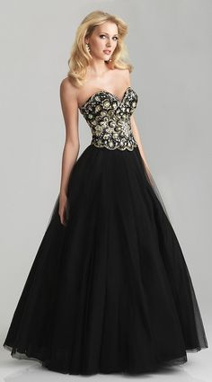 This is something I might have worn to prom. I wore black to both lol